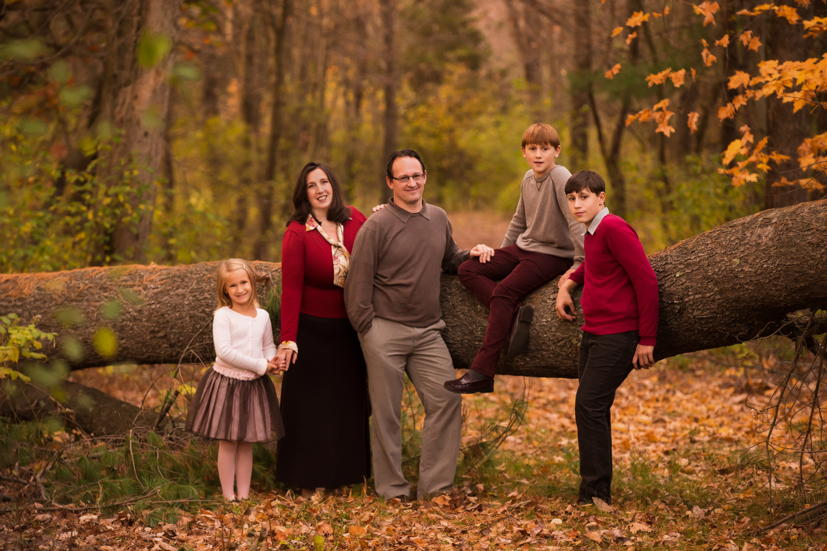 family picture portrait kids outdoor woods casual boston