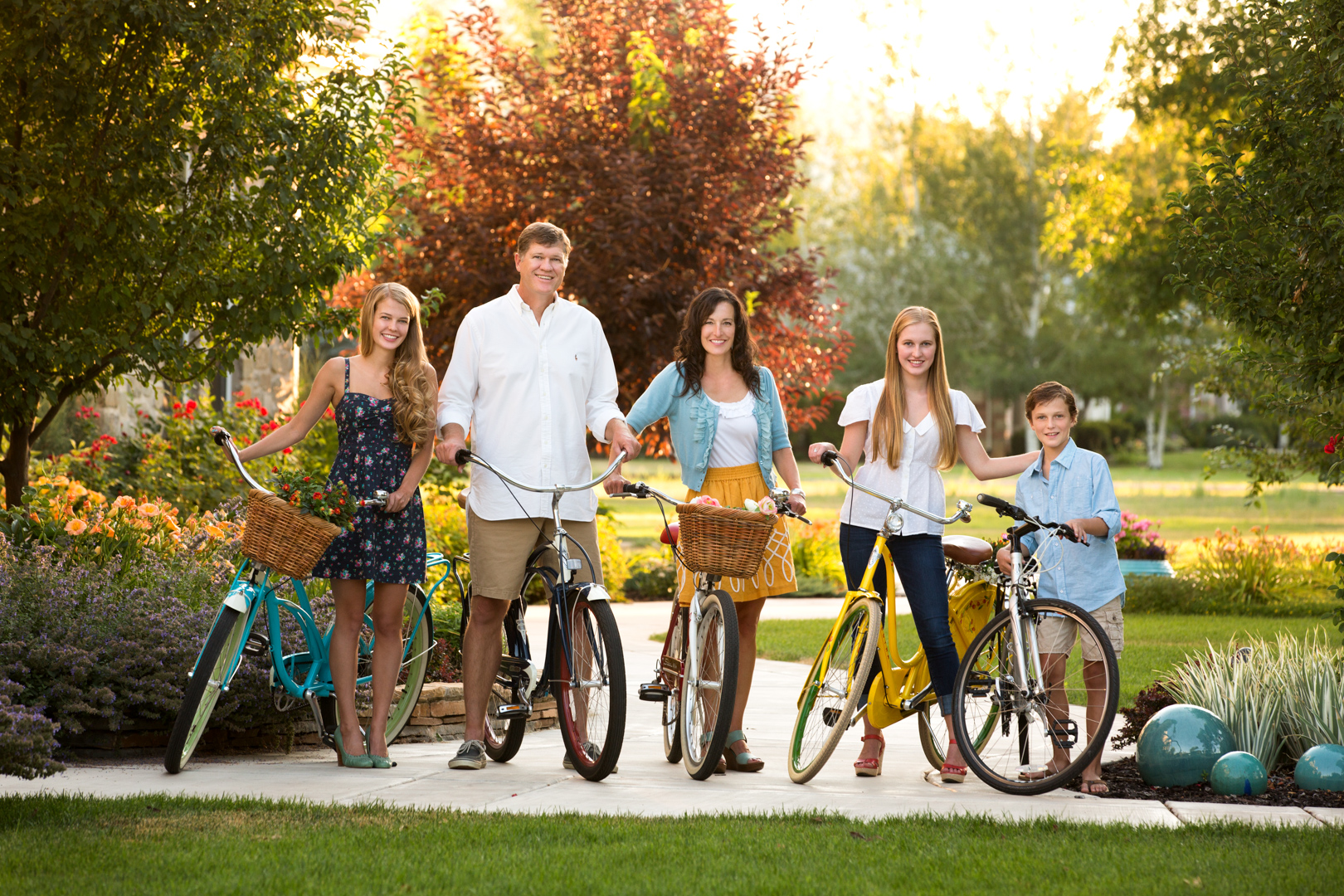 family picture portrait bicycle outdoor utah fun salt Lake city