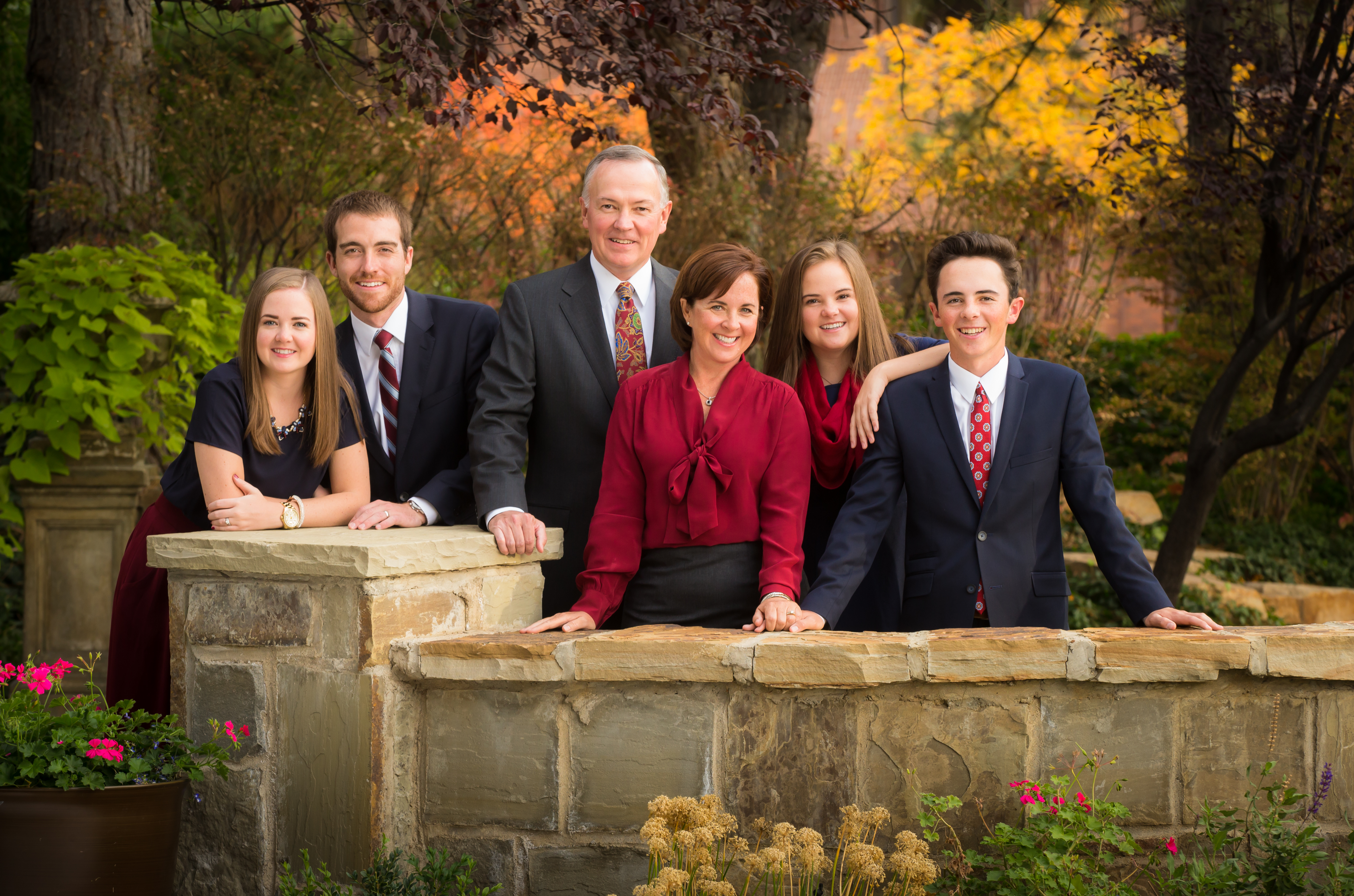 Graduate and Family Bundle Special – Busath Photography