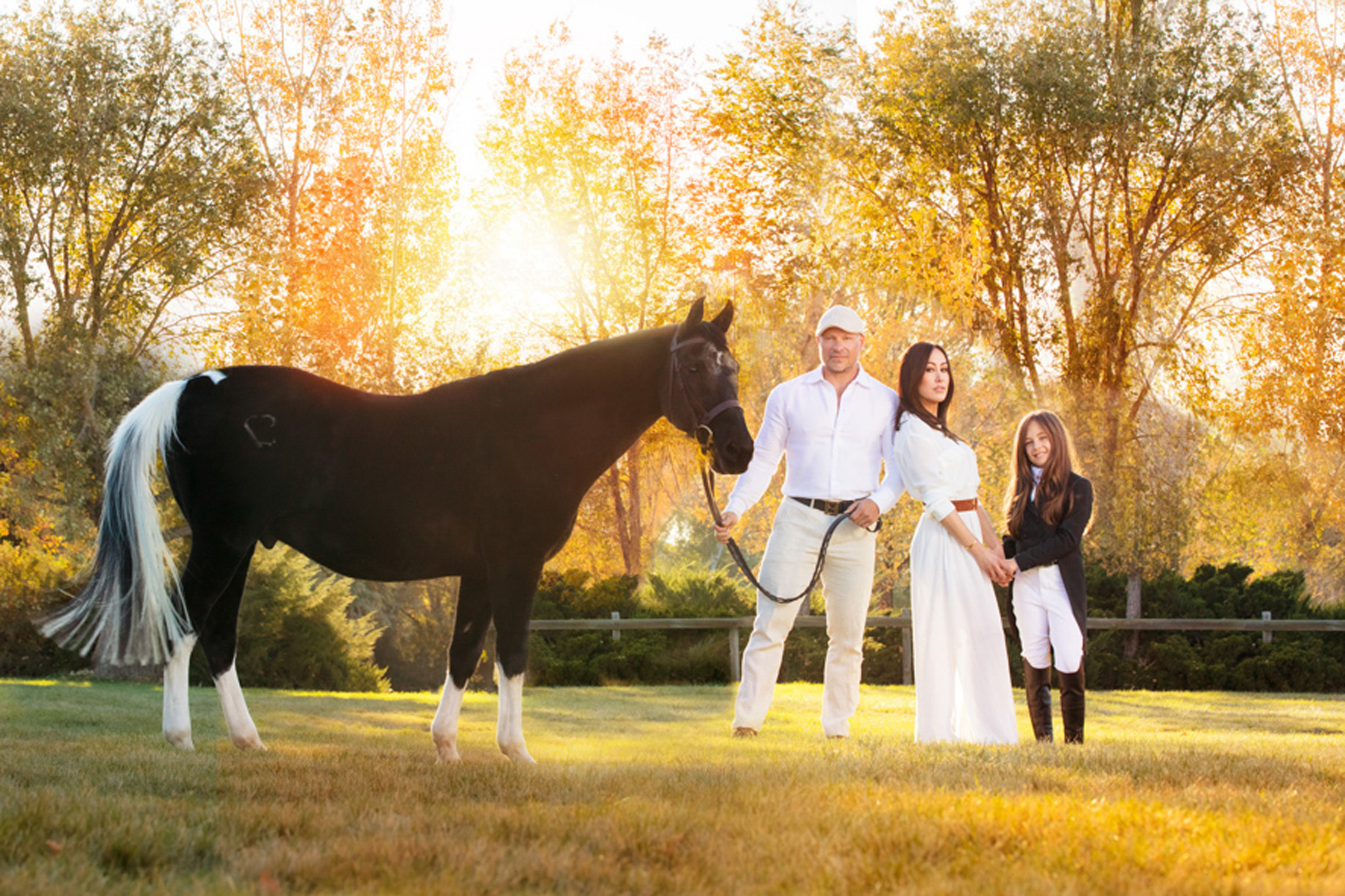 portrait family with horse